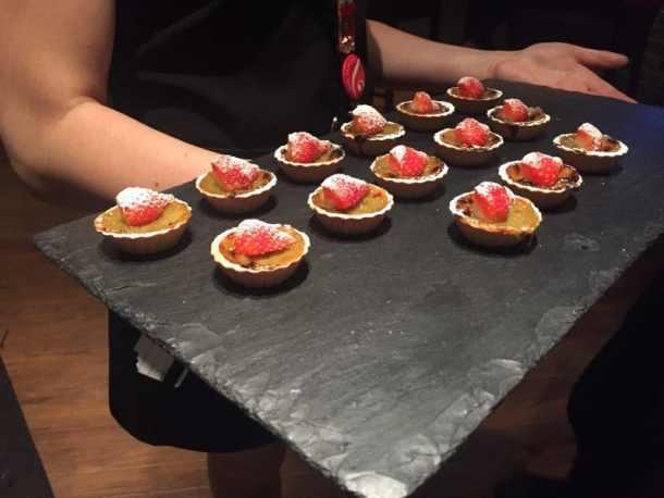mini-rhubarb-tarts