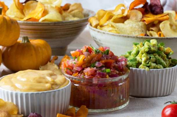 halloween autumn dips with amica crisps