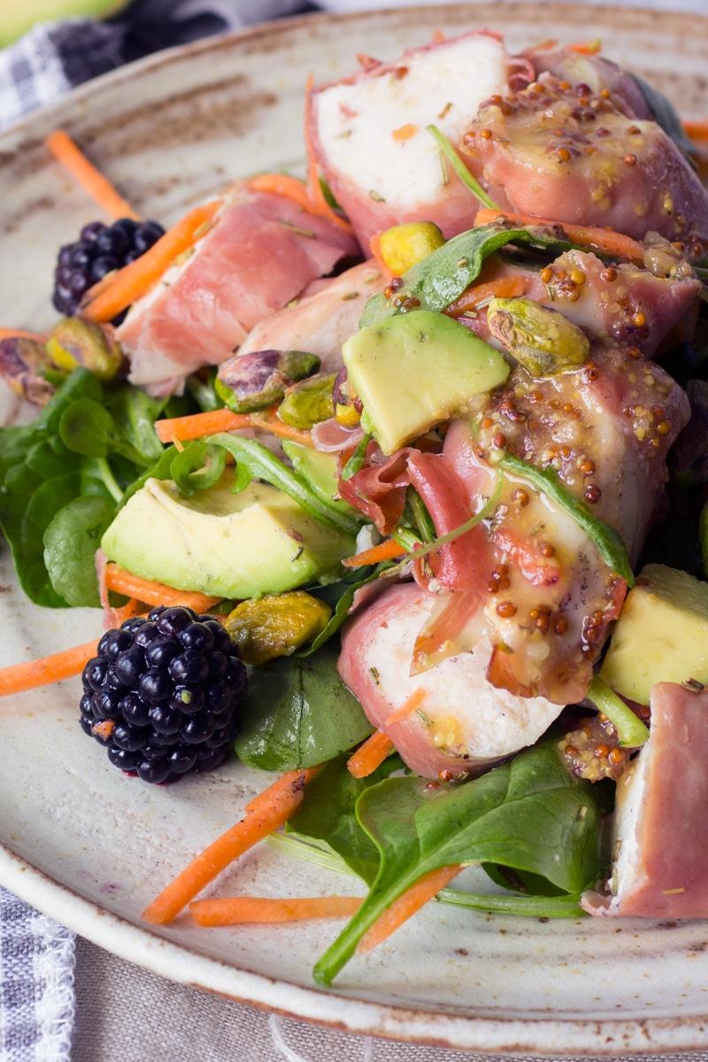 chicken blackberry and pistachio salad