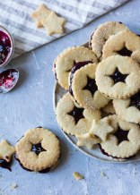 star shortbread biscuits and jam