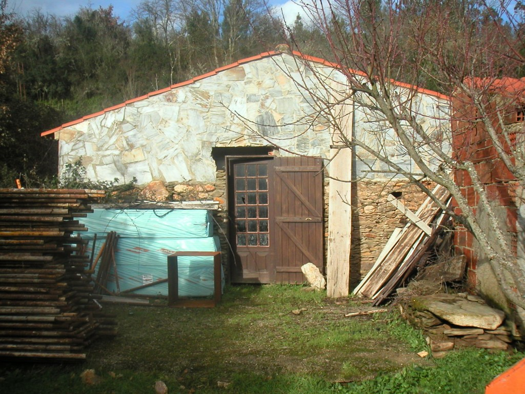 Smallholding for sale in Arganil