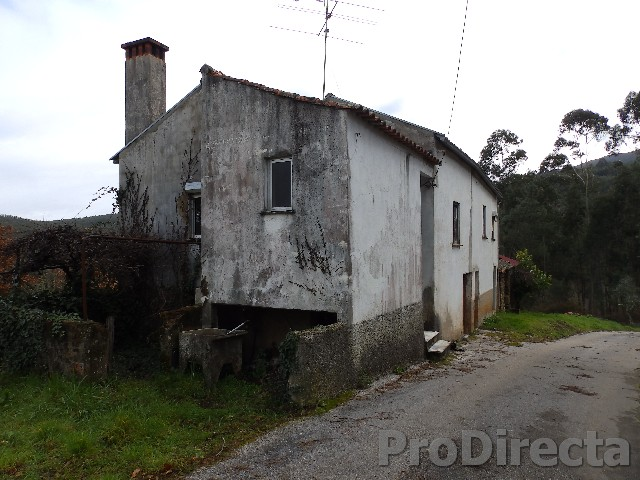 Spacious house in Góis