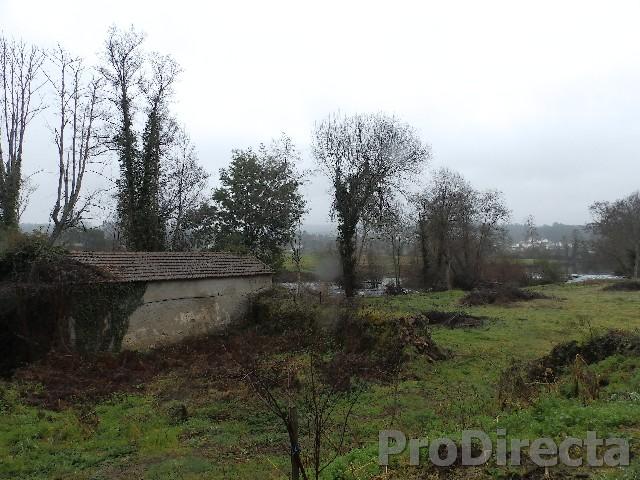 Riverside property Arganil for sale