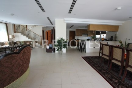 4 Bedroom Villa in Jumeirah Park, ERE, 1.4