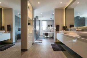 6 Bedroom Villa in Victory Heights, ERE, 1.3