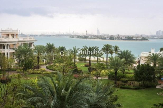 2 bedroom apartment for sale in Palm Jumeirah, Dubai