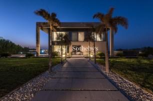 4 bedroom villa for sale in Abu Dhabi