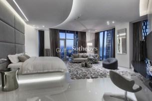 5 bedroom penthouse in Dubai Marina, 1.3