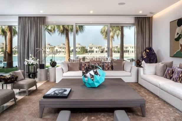 6 bedroom villa in Palm Jumeirah, 1.1