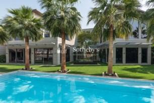 6 bedroom villa in Palm Jumeirah, 1.4