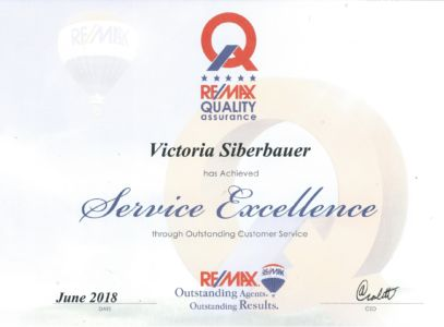 2018-06 Service Excellence Created By Leigh