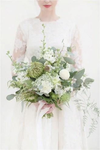 bridal-bouquet-with-foliage-craig-eva-sanders