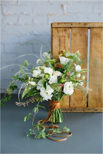 copper-ribbon-bridal-bouquet-lauren-carnes-photography