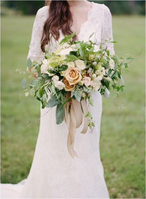 oversize-bridal-bouquet-photographed-by-kacie-lych