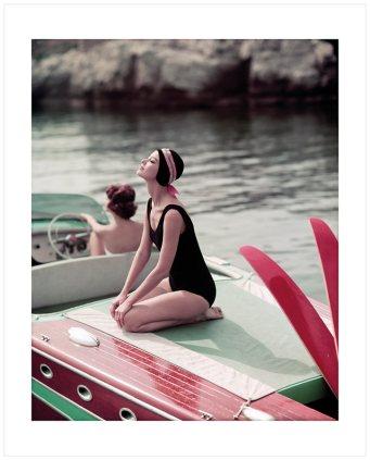 BARBARA MULLEN & MARIE HÉLÈNE ARNAUD - CAP D'ANTIBES, 1957 - © GEORGES DAMBIER
