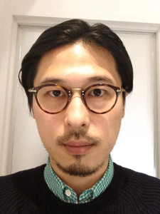 wearing OLIVER PEOPLES / 505 / DM