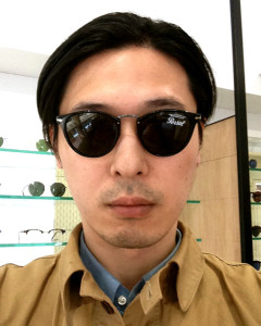 wearing Persol / 3108S / 95/31