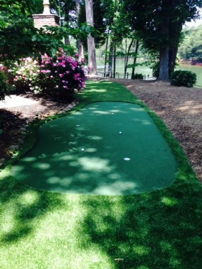 Do It Yourself Backyard Putting Green