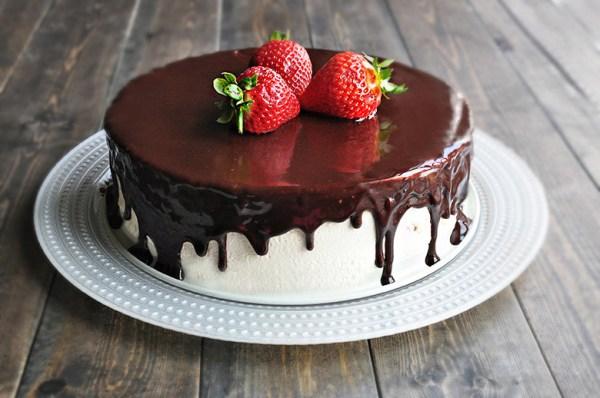 Птичье молоко: быстрый рецепт торта с ягодами - Рецепты