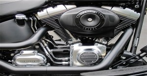 Read more about the article Pros and Cons of V engine