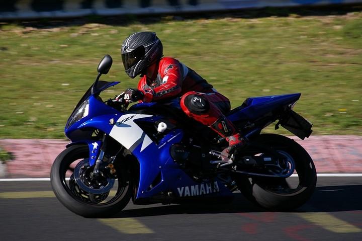 Pros and Cons Of 2019 Yamaha Fazer 25