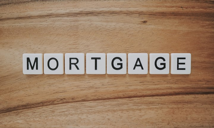 Pros and cons of paying off mortgage