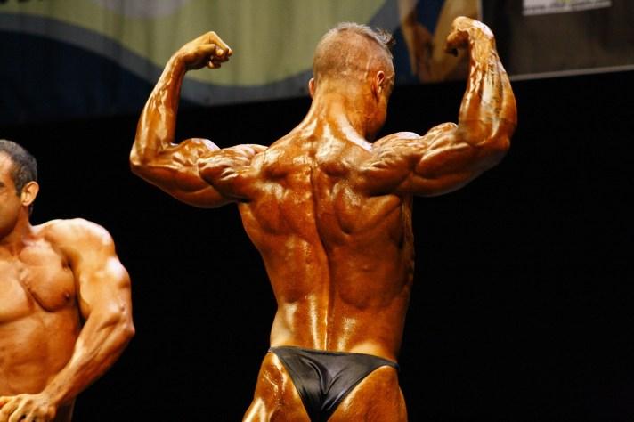 bodybuilder-posing