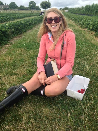 Prosecco and Pie Strawberry Picking at Brocksbushes (31)