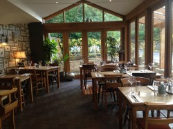 Prosecco and Pie reviews The Northmberland Arms Felton (27)