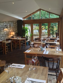 Prosecco and Pie reviews The Northmberland Arms Felton (39)