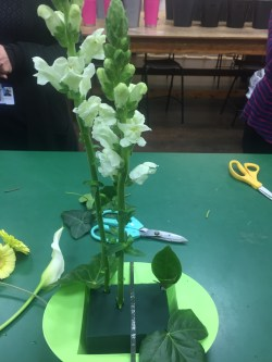Prosecco and Pie flower arranging at TyneMet College