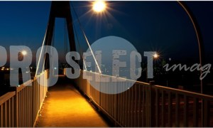 Footbridge at night | ProSelect-images