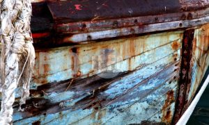 Rusted ship Hout Bay harbour | ProSelect-images
