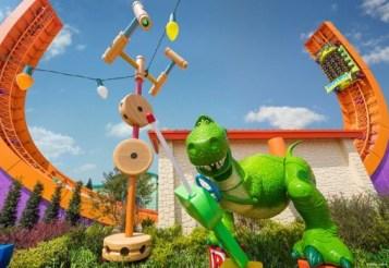 Shanghai Toy Story Land Rex's Racer