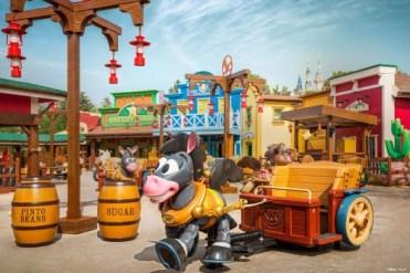 Shanghai Toy Story Land Woody's Roundup