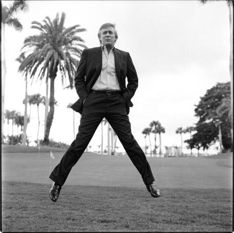 Trump che salta