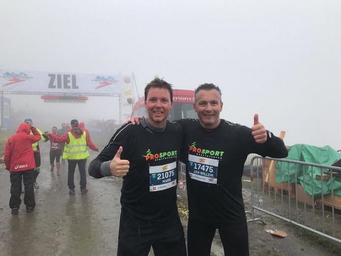 Mark Zeller (links) en Jan Willem-Ter Maat hebben het volbracht. © R Alberink
