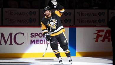 Photo of Penguins Trade Phil Kessel to Arizona, Acquire Alex Galchenyuk