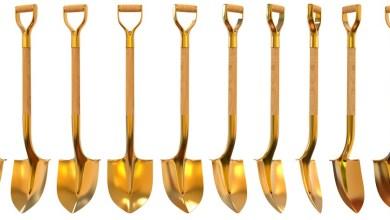 Photo of The Golden Shovel Award: Celebrating 25 Years of Triple H Burying WWE Opponents