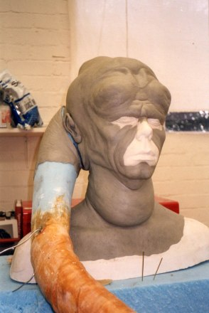 Bib Fortuna sculpt
