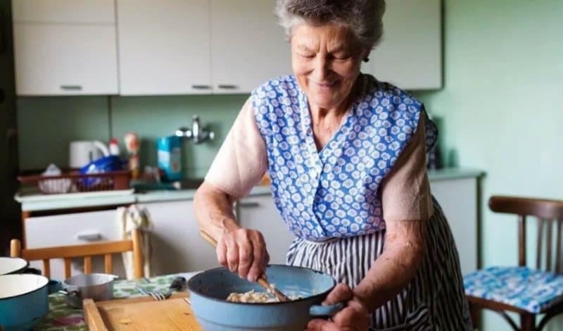 Каша на сніданок: 5 рецептів бабусі
