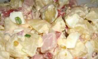 Картопляний салат «Карбонара»