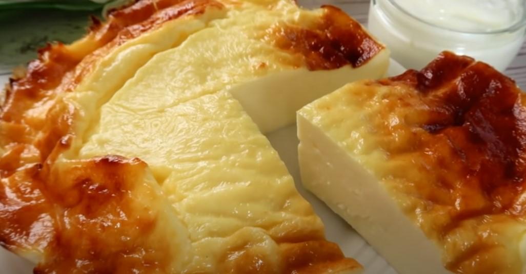 Йогуртовий пиріг: 3 інгредієнта без додавання цукру і борошна