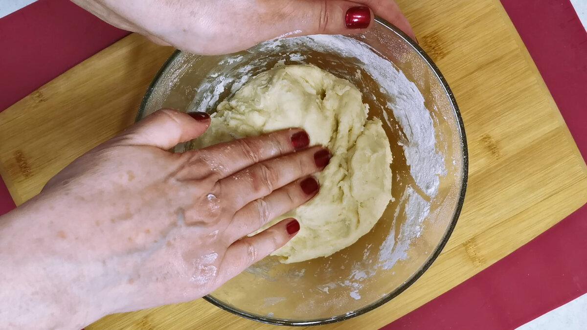Замість Шарлотки готую красивий пиріг з яблуками. М'яке тісто і багато яблук в ніжній заливці