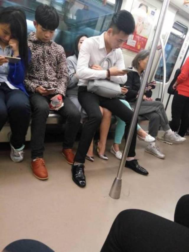 Как выглядят «настоящие джентльмены» в современном мире