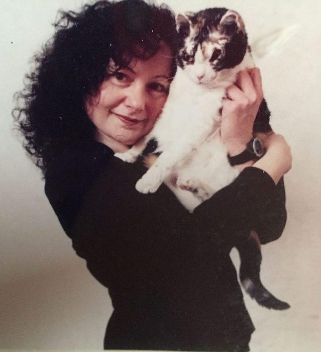 «Кошка века» или просто Мамочка с большой буквы!