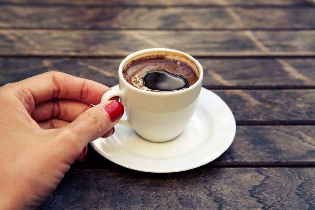 Когда пить кофе полезно