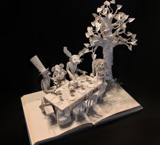 Самые прекрасные образцы книжных скульптур