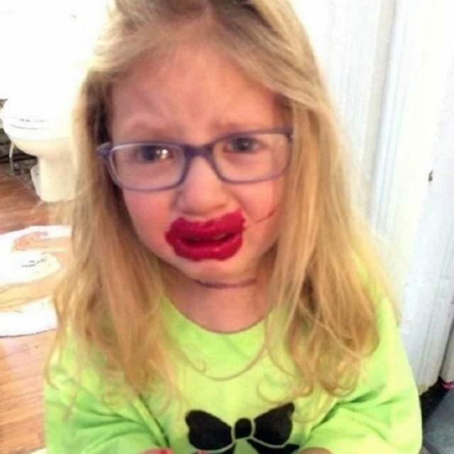 15 реальных фотографий о том, чем грозит появление в доме маленьких детей