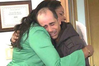 Бездомный вернул 10 000 долларов, которые нашёл. Взамен он получил то, о чём не мог даже мечтать